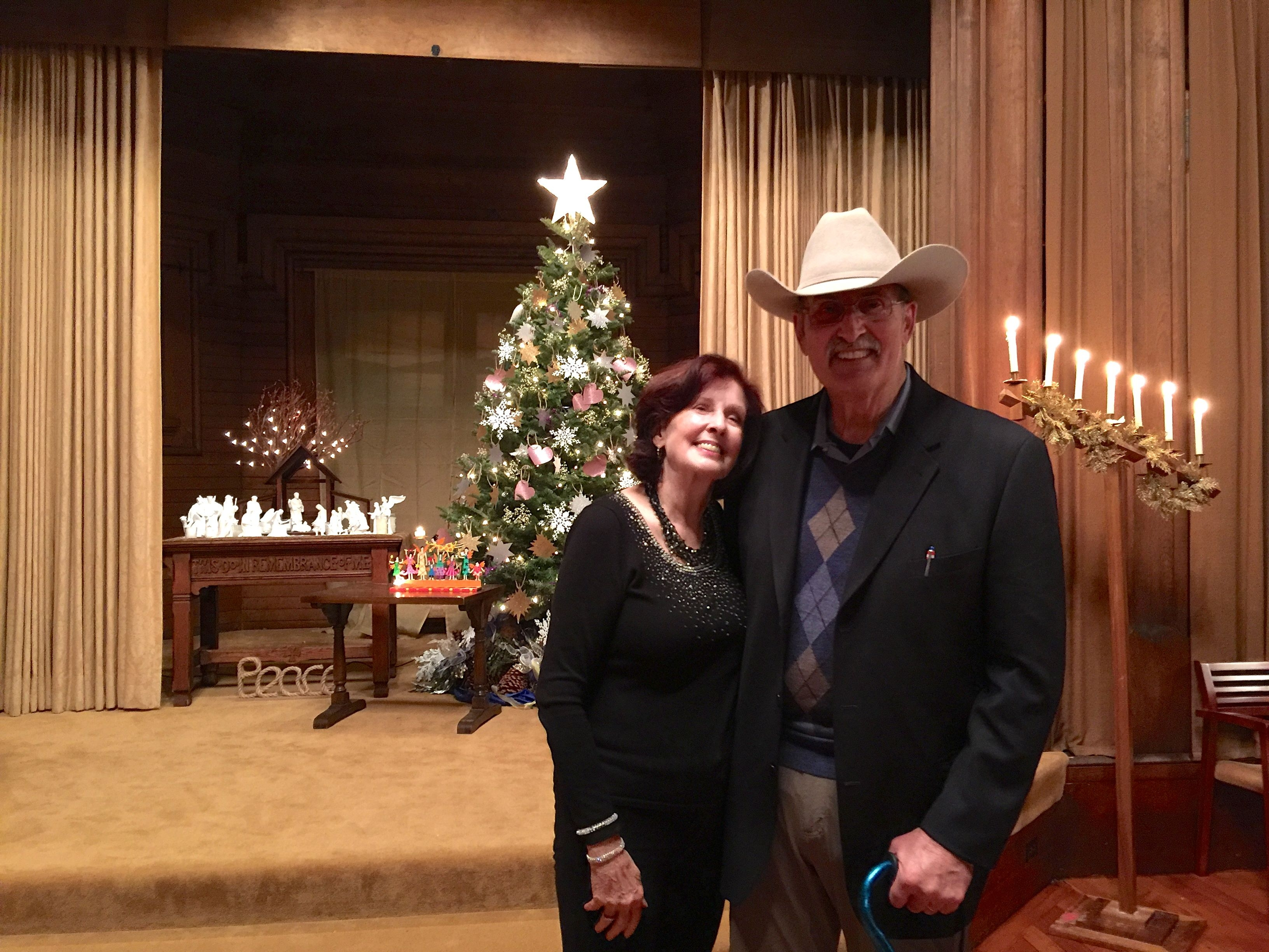 hank-and-mary-christmas-eve-2016