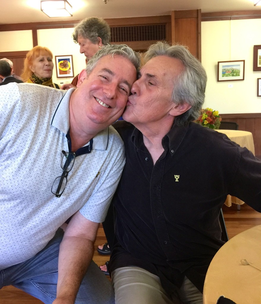 Don Kisses Joey IMG_2187
