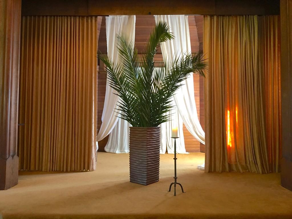 Palm Chancel IMG_2978